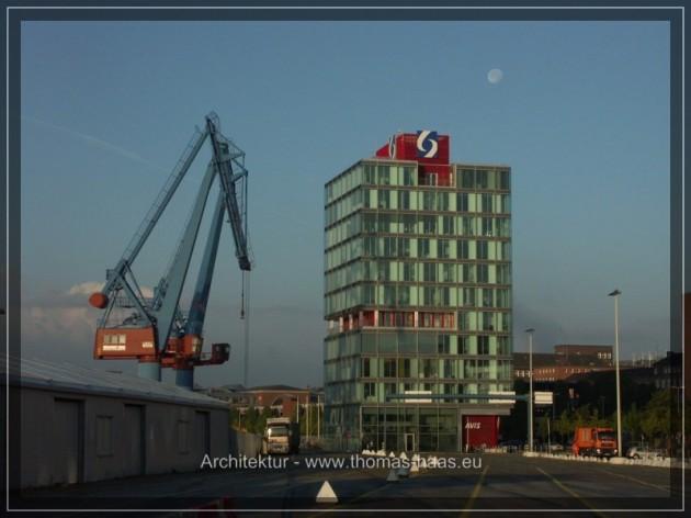 Seehafen Kiel, Verwaltungsbau