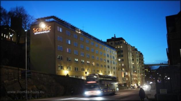 Hotelansicht Scandic Sjöfartshotellet, Stockholm,  in der Abenddämmerung