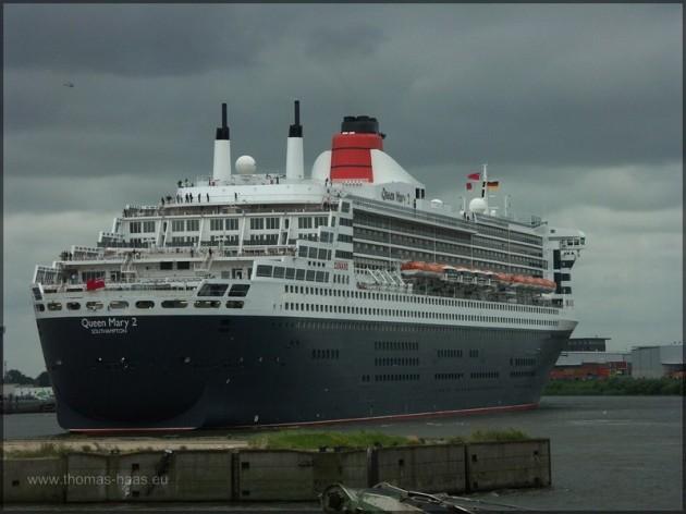 Queen Mary 2 - Kreuzfahrtschiff in Hamburg