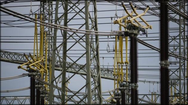 Detail, Masten, Kabel, Stromabnehmer, Isolatoren...