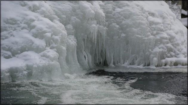 Eis im Muehlach, Febraur 2012