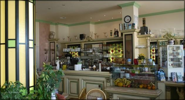 Eis-Café in Warnemünde, Sommer 2011