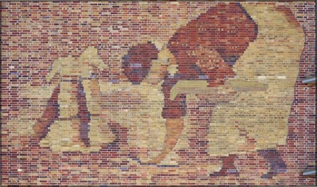 Ernteszene als Mosaik am Getreidespeicher, Rostock 2011