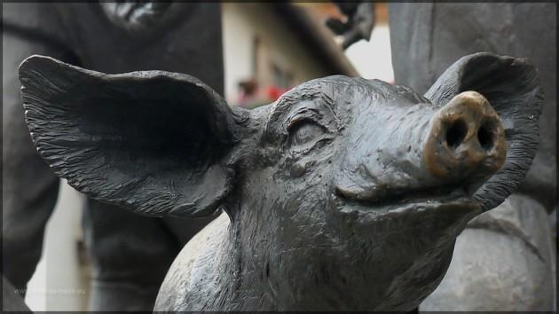 Skulptur am Saumarkt / Schweinemarkt, 2013