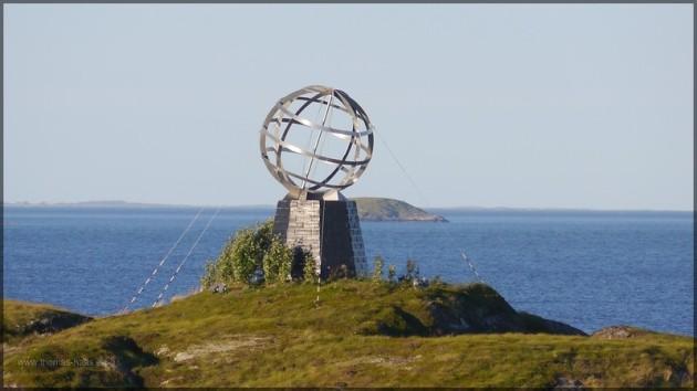 """Markierung des nördlichen Polarkreises, 66° 33"""""""