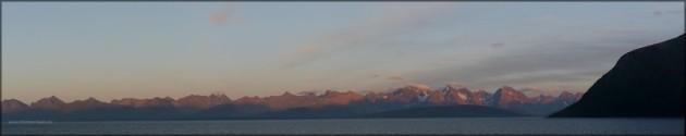 Panorama aus 5 Bildern der Lyngen-Alpen