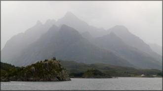 Gestaffelte Formation in Richtung Lofoten