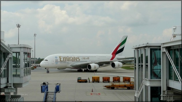 Emirates Airbus A-380 in München