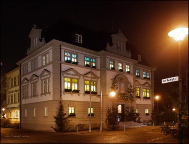 Das Rathaus in Illertissen als Adventskalender, Dezember 2013