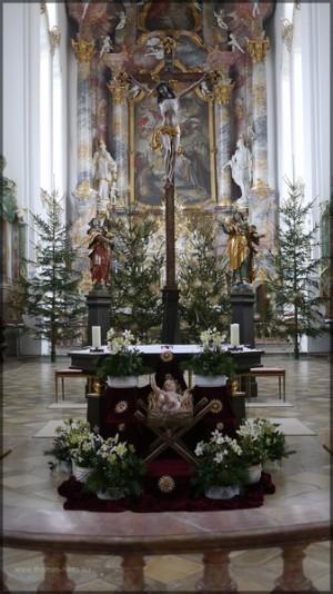 Altar mit Krippe, Weihnachten 2013