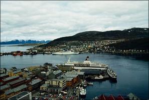 Blick vom Salen auf den Hafen
