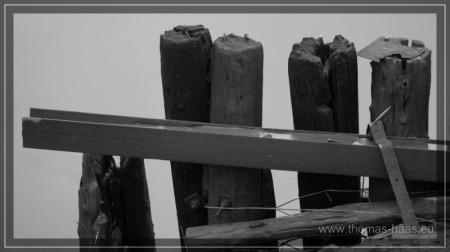 Reste der Werft, altes Holz