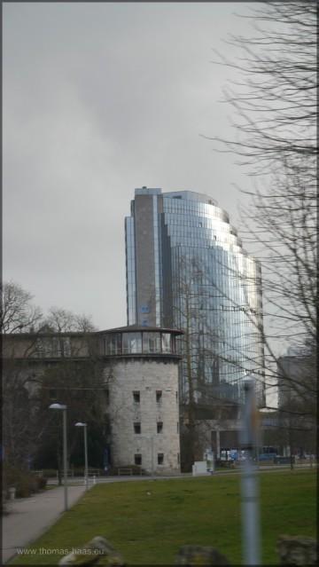 Blick zum Maritim-Hotel