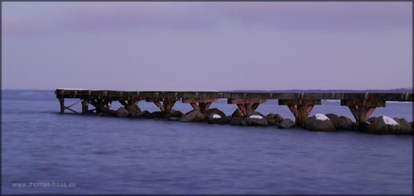 Einer der Seestege in die Ostsee, Langzeitbelichtung, Februar 2015