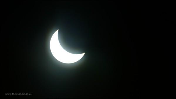 Die Sonne steht als Sichel am Himmel, 20.03.2015