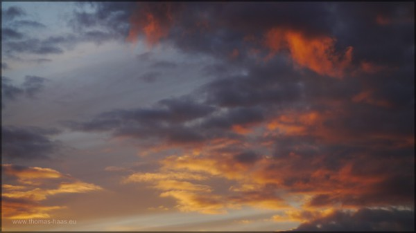Dramatische Lichtstimmung am Wolkenhimmel, März 2015