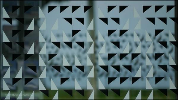 Bedruckte Glasfassade, Fahrkartenschalter, Mai 2015