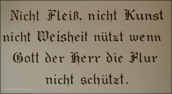 Tet über dem Eingangsportal der Kapelle St.-Georg, Fam. Bentele, Tettnang