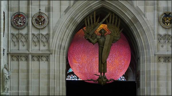 Lichtkunst in der Turmhalle des Ulmer Münsters, 2015