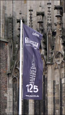 Fahne vor dem Münster, Oktober 2015