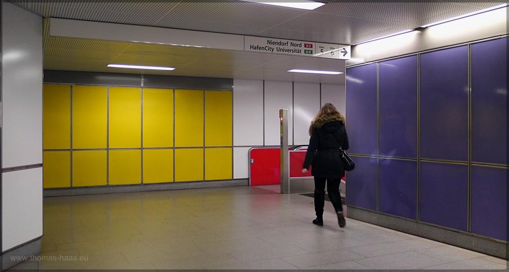 Station Jungfernstieg, auf dem Weg zur U4, Dezember 2015