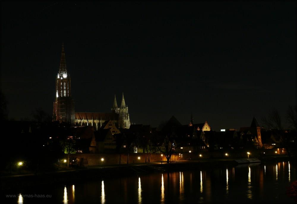 Nachtaufnahme, Münster und dnau, Ulm, 25.12.2015