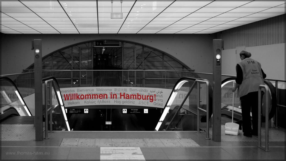 """Willkommen in Hamburg!"", Airport Hamburg, Dezember 2015"