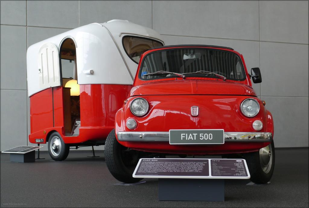 """Fiat 500 als """"Zugmaschine"""", Januar 2016,Hymer-Museum, Bad Waldsee"""