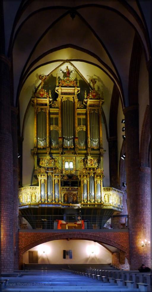 Blick auf die Orgel, Februar 2016
