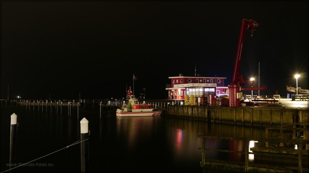 Nachtaufnahme, Seenotrettungsboot KARL VAN WELL, Februar 2015