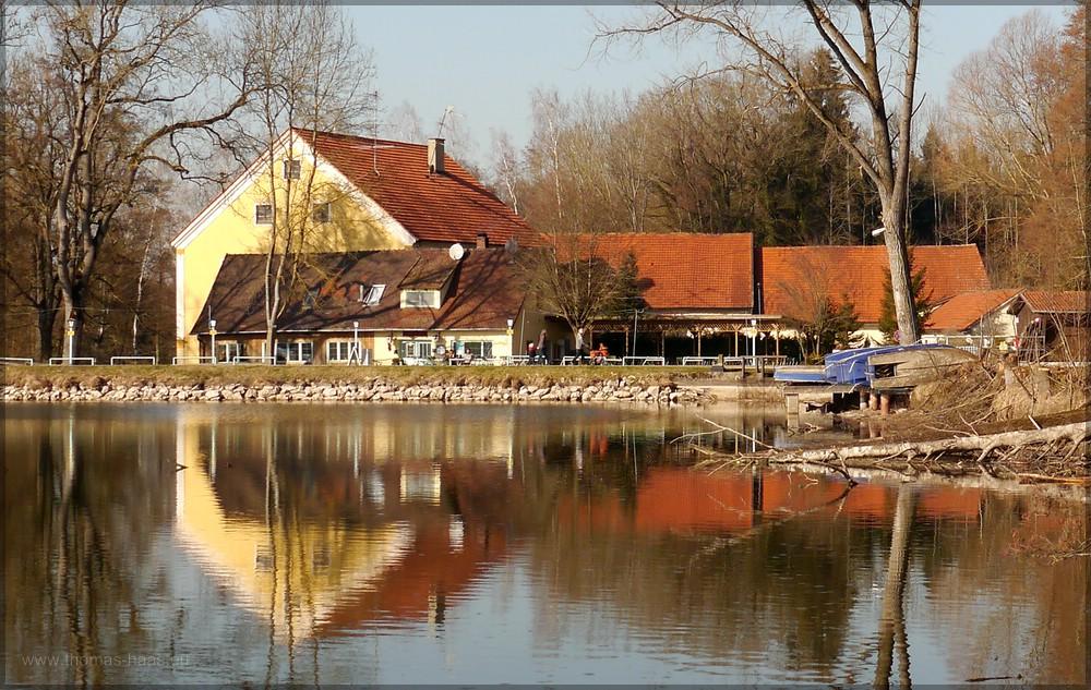 "Restaurant ""Klein Venedig"" am Roggenburger Weiher, Ende Februar 2016"