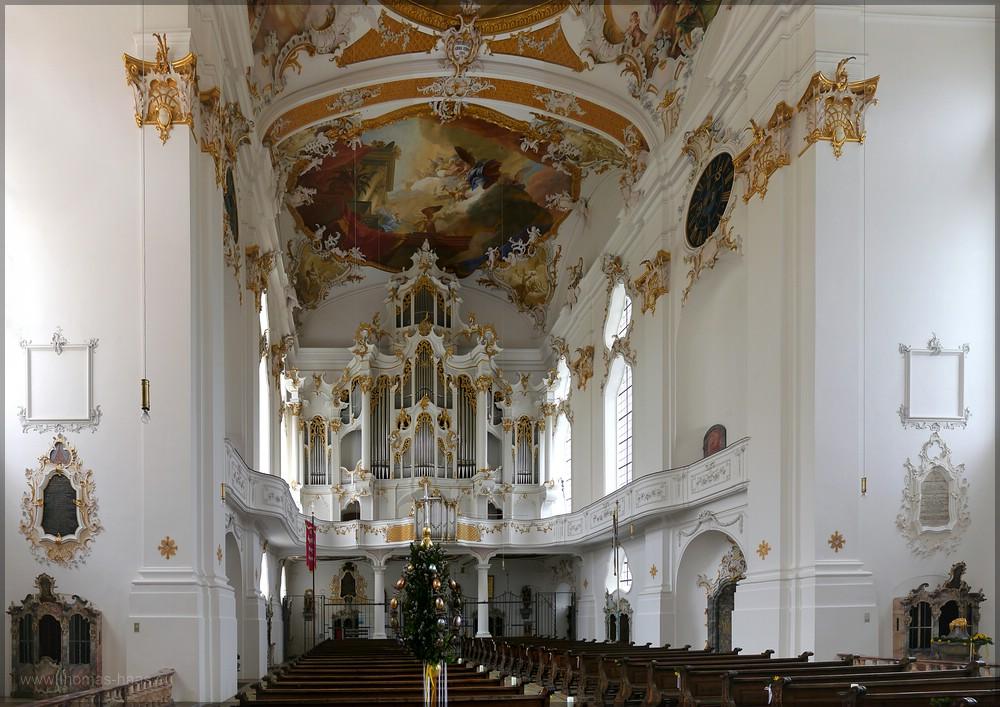 Innenaufnahme, Blickrichtung Orgelempore, Große Roggenburgerin