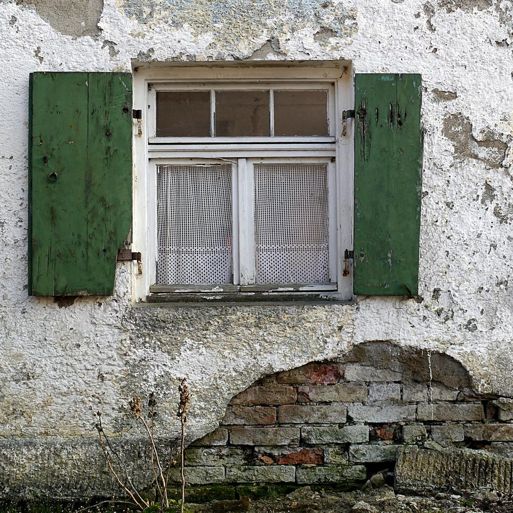 Altes Gemäuer mit Fenster, Bellenberg, 2016