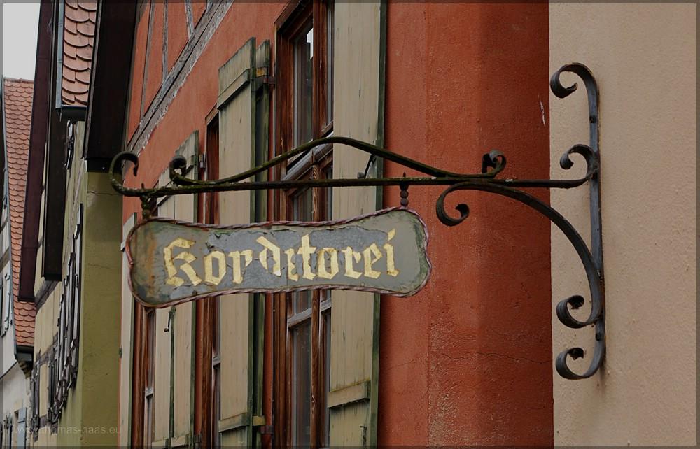 Altes Schild einer Konditorei, DKB, Mai 2016