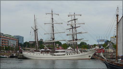 """""""ARTEMIS"""" am Anleger, Kiel, Juni 2016"""