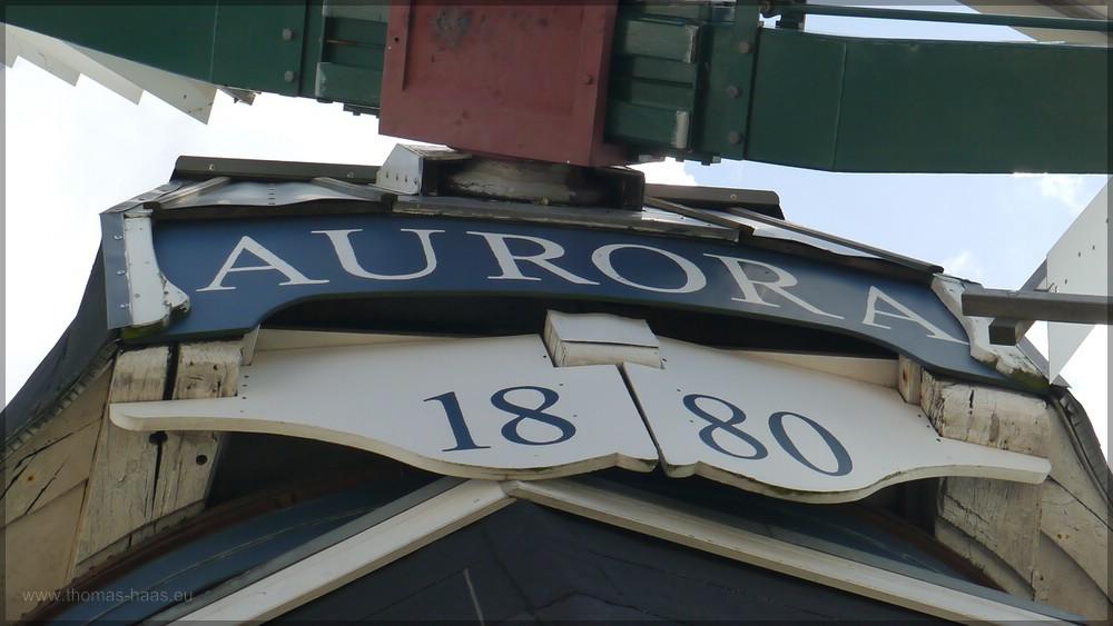 Namensschild AURORA und Jahreszahl 1880
