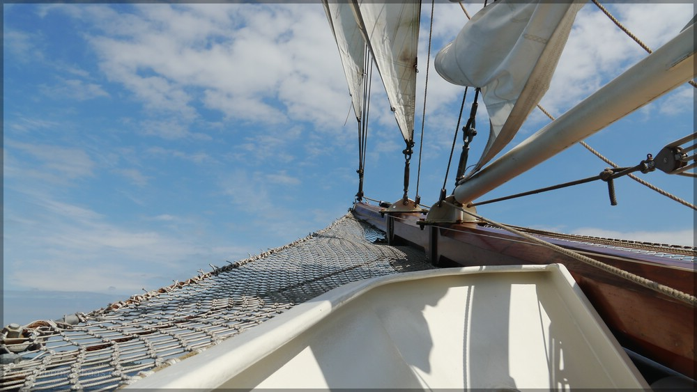 Klüverbaum des Segelschiffes ARTEMIS, Kiel Juni 2016