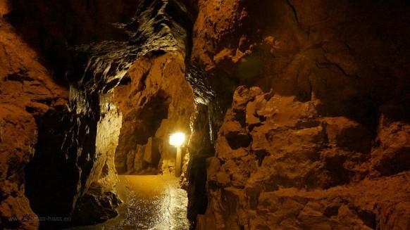 Bild des Monats, Juli 2017, Gänge in der Laichinger Tiefenhöhle