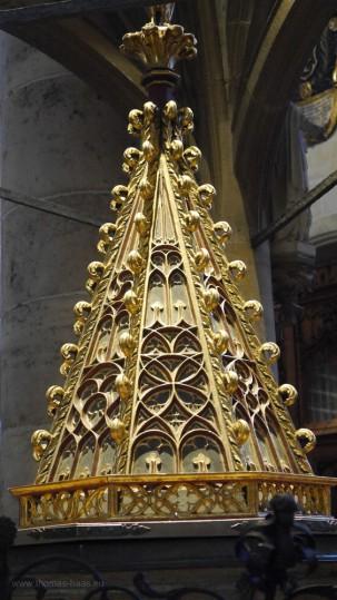Der Taufstein im Münster Ulm