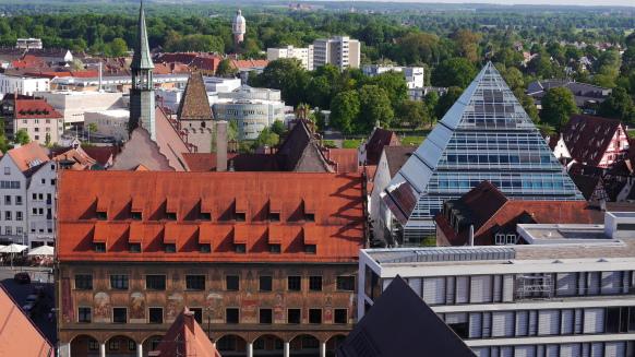 Rathaus und Zentralbibliothek, Ulm, Mai 2017