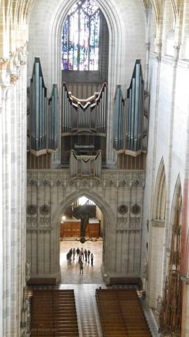 Blick zur Münsterorgel aus dem Paradies