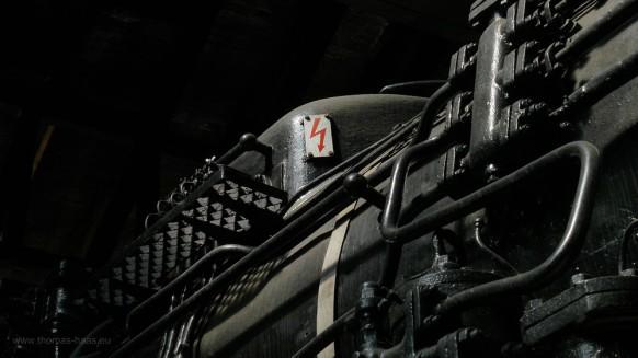 Schwarz, eine Dampflok