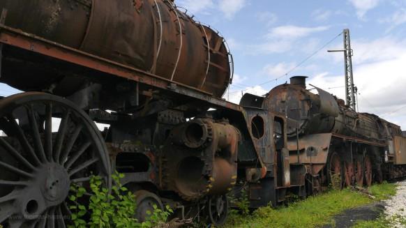 Alte Lokomotiven, Rostlauben, Elefantenfriedhof...