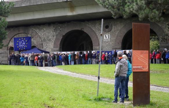 Warteschlange am Eingang zum Blaubeurer Tor, 2017