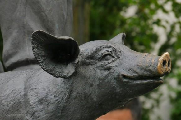 Saumarkt, Skulptur, Denkmal