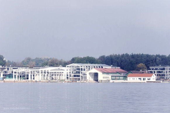 Blick vom anleger Nonnenhorn zur Bodan Werft in Kressbronn, Oktober 2017