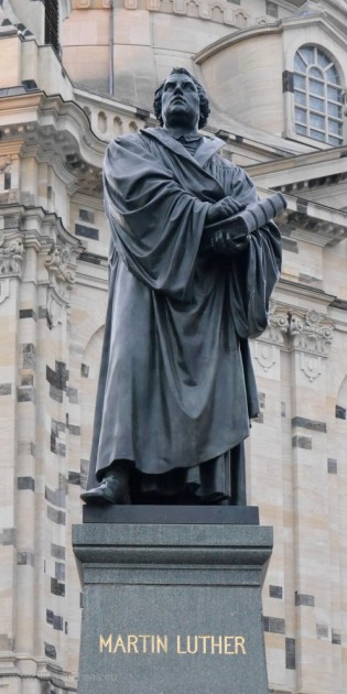 Luther-Debnkmal in Dresden, Frauenkirche