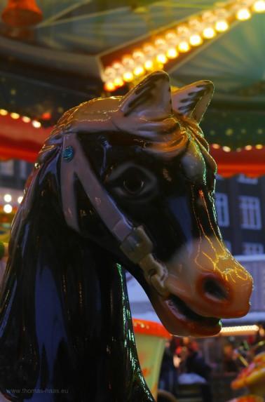 Kinderkarussel, Pferdchen, schwarz