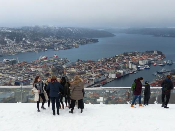 Der Blick auf Bergen, vom Fløyen fotografiert