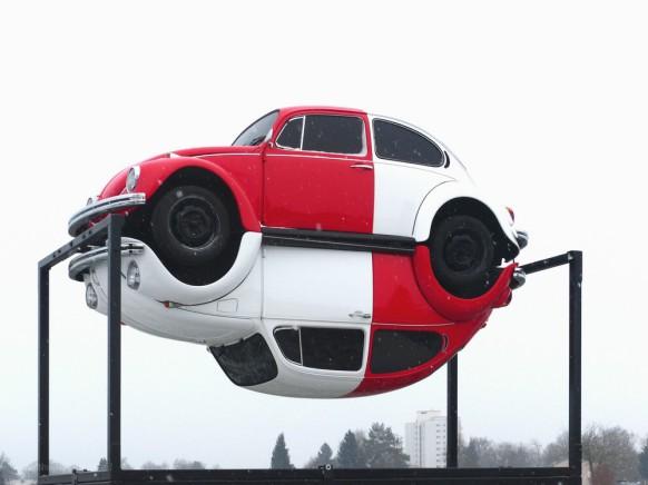 Kunstwerk aus VW-Käfer-Automobilen, Ahmet Yardimci, Weingarten